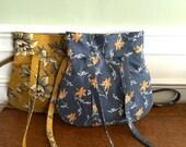 Everyday Purse - Handbag - Colonial Blue print - Designer Fabrics - Ready to Ship