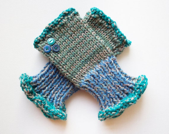 Fingerless Mitten - Garden Mint Frilly Fingers - Green Fingerless Glove Wristwarmers