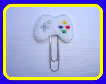 SALE - Felt planner clip organizer calendar bookmark paper clip - Video Game Controller - white felt day planner accessories gamer geek nerd