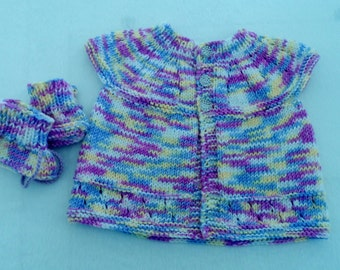 Baby sweater and Booties, baby girl knitted top, hand knit, Cashmere Silk, baby girl outfit, OOAK, 0-3mth, ready to ship