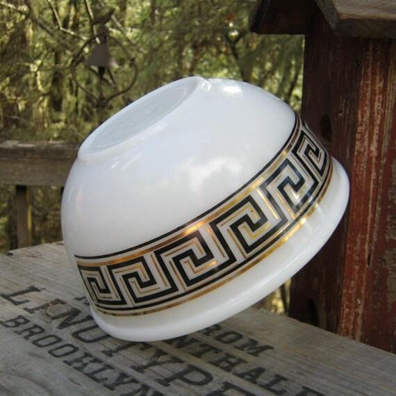 2 5 Quart Fire King Bowl Gold And Black Geometric Greek
