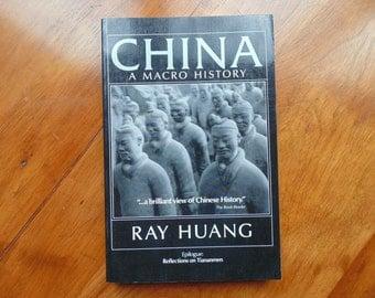 CHINA. History. Book. A MACRO HISTORY. East Gate Book Ray Huang. Chinese History