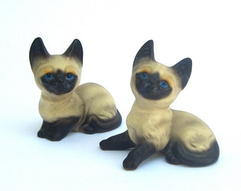 Siamese Cats Kittens Figurines, Lego Japan, Cat Lover, Mid Century Kitsch, Ceramic Statues