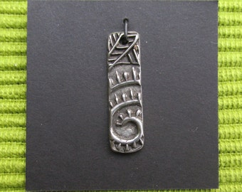 Artisan charm #4-WB...spoke spiral bar