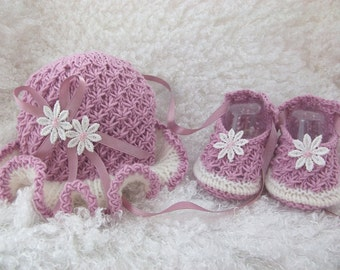 "Knitting Pattern for hat and shoe set to fit 16-22"" reborn or prem - 0-3 month baby PDF"