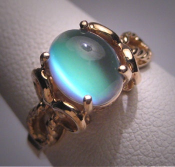 vintage green moonstone ring victorian wedding retro art deco