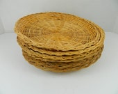 Rattan Wicker Woven Plate Holders Set of 6 Picnic BBQ Camping vintage tan