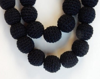 13 pcs Black  Crochet round beads (20mm)