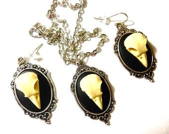 Raven Skull cameo jewelry set