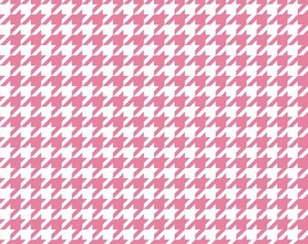 Medium Houndstooth Hot Pink by Riley Blake
