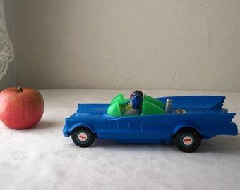 vintage batmobile toy car - batman and robin - 1974 azrak hamway bump n go car - blue 1970s battery powered car