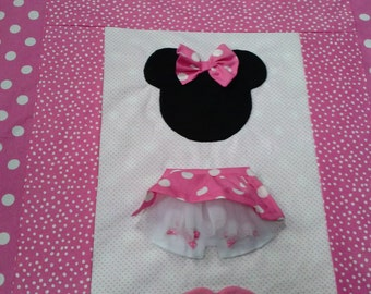 Minnie Mouse Pretty in Pink crib/toddler quilt