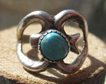 Primitive Tribal Silver Turquoise Ring Mens or Womens Size 7 Old Vintage Southwestern Handmade Ring