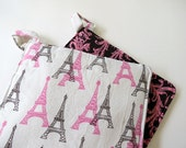 Pair of Potholders: Eiffel Tower in Parisian Pink and Chocolate