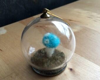 Terrarium Ornament, Globe, Bright Turquoise