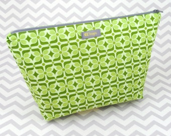 Makeup Bag or Cosmetic Case - Green