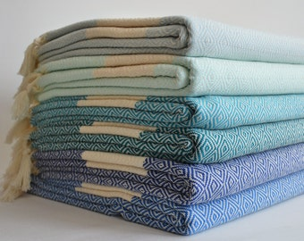 SALE 30 OFF / Diamond Blanket / Light Gray / Double Size / Bedcover, Beach blanket, Sofa throw, Traditional, Tablecloth