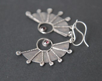 Sterling silver fantasy earrings with small granat beads