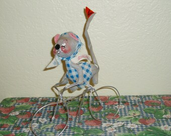 """Annalee 8.75"""" Bicyclist Girl Mouse"""