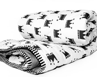 Black and White Baby blanket- BLACK CROWNS- black and white nursery bedding- Monochrome nursery bedding- Baby boy bedding- Baby girl bedding