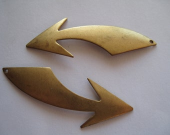 1 Brass Arrow Pendant
