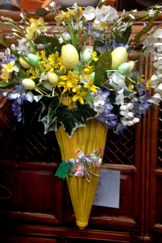 DOOR Decoration / Vibrant Yellow and Lavender Purple / Easter Eggs ...