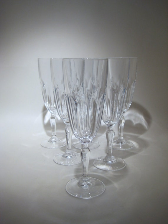 set of 6 cristal d 39 arques champagne flutes by hazelroberts on etsy. Black Bedroom Furniture Sets. Home Design Ideas