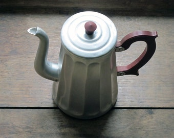 French antique coffee pot in aluminium, faceted, french country, bakelite handle , red burgundy