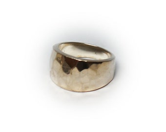 Sterling Silver Ladies Hammered Fashion Ring