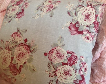 Shabby Chic Pillow Cover with gorgeous CABBAGE ROSES