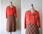 Vintage Skirt and Sweater Set. 60s Knit Dress in Coral Orange and Charcoal. Retro Pin-Up High Waist Skirt. Women's Medium.