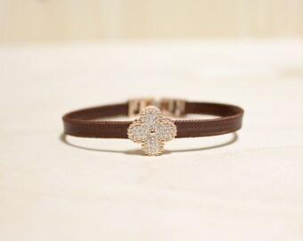 Rose Gold Plated Clover MotiveSIlk Bracelet(Dark Brown)
