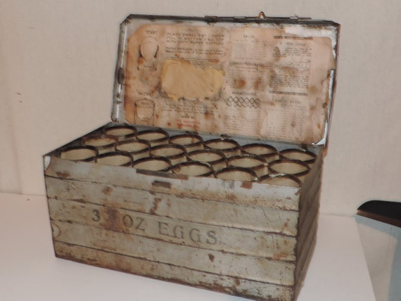 Vintage egg carton crate egg box rustic metal egg container for Metal shipping crate