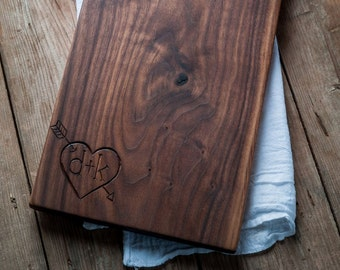 Personalized  Serving Board, Bread Board, Cutting Board, Hostess and Gourmet,  Kitchen Gift, Heart