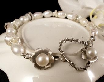 Pearl Bracelet - Freshwater Pearl Bracelet - Keishi Pearl Bracelet - Silver Pearl Bracelet - Pearl Wedding Bracelet - Silver Flower Bracelet