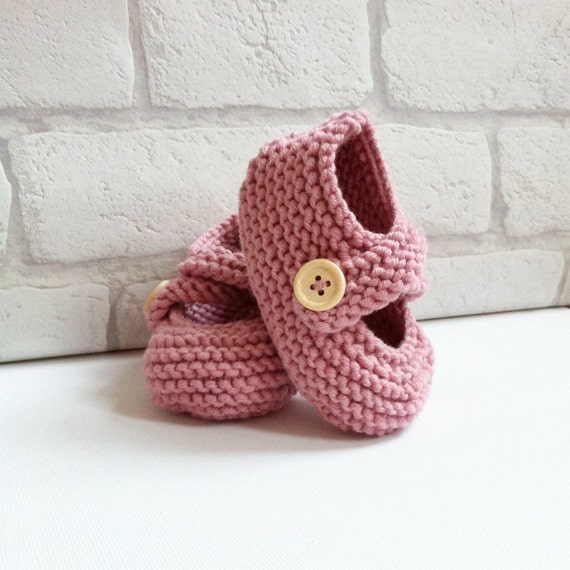 knit baby booties - chunky merino wool - baby shower gift - baby keepsake - new baby gift - vintage rose pink baby booties