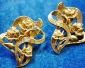 SALE Floral Delight vintage Ornate Antique Gold Earrings