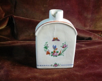 Antique Chinese Export Porcelain Tea Caddy hand Painted Butterflies 18th or 19th Century to Restore Shabby
