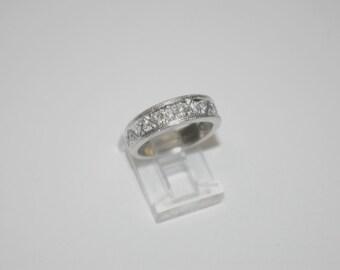 Vintage Triangular Pattern Design Platinum PT950 Round Diamonds Wedding Band
