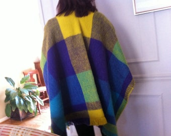 Vintage poncho hand woven columbia