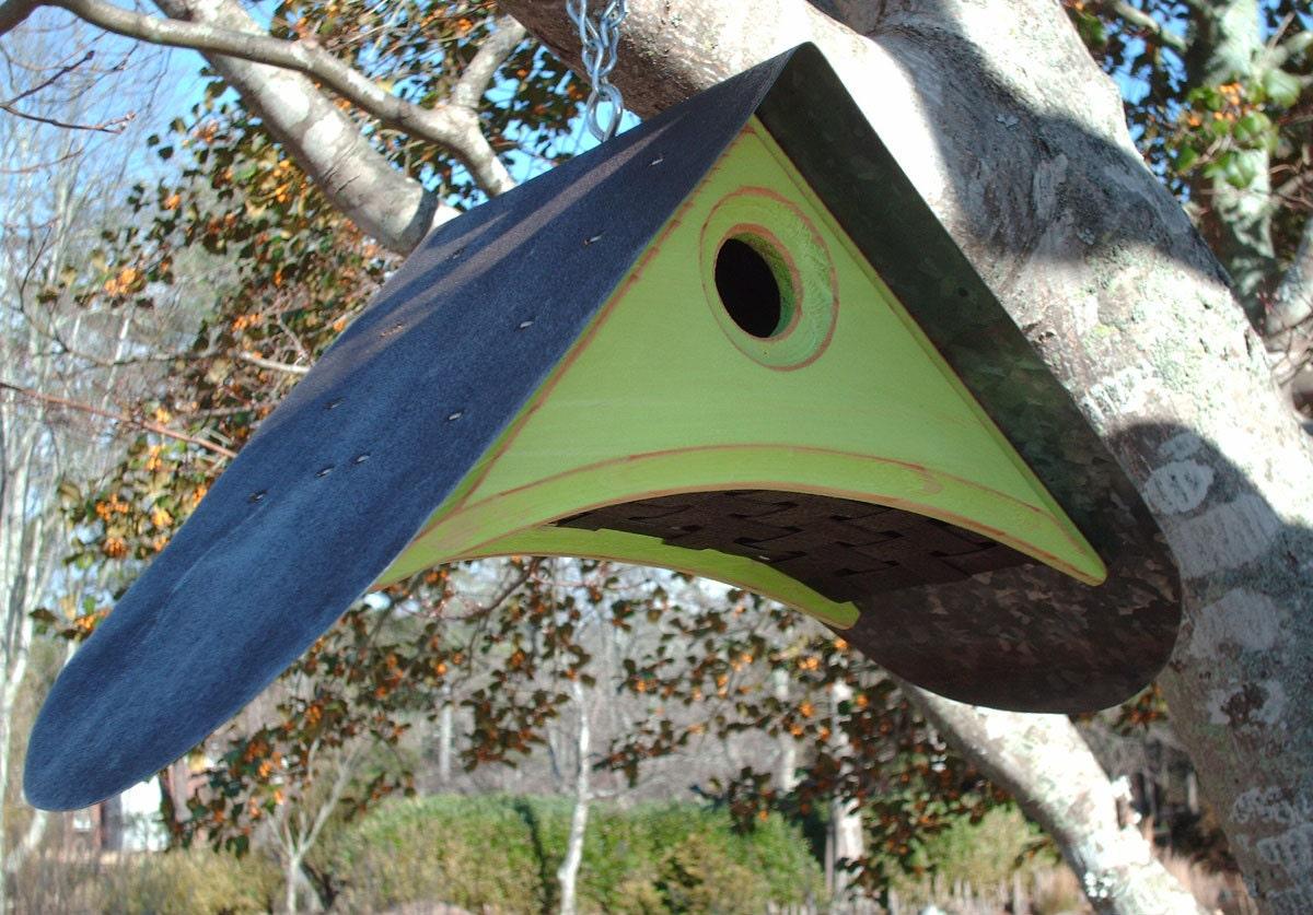 Birdhouse unique bird houses outdoor bird house for Creative birdhouses