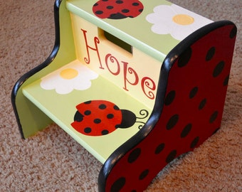 Ladybugs and Daisies Step Stool
