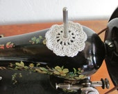 Spool Pin Doily (Light Gray)