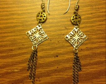 Antiqed brass snowflake earrings