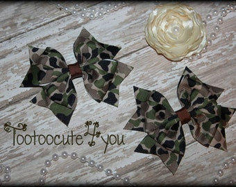 Camo Pigtail Bows, Country Pigtail bows, Camo hair bows, Pigtail hair bows, Daddy's Girl piggie hair bows, Camo hair clip