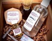 Gentleman Shaving Kit Essentials with Vintage Style Single Blade Razor, Natural Shaving Cake, Skin Toner/Beard Oil,  & Mole Hair Brush