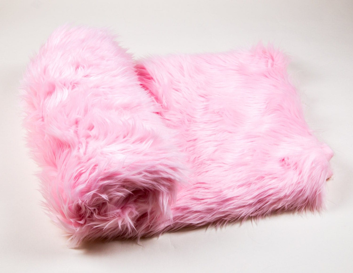 108 x 60 light pink faux fur shaggy throw blanket. Black Bedroom Furniture Sets. Home Design Ideas