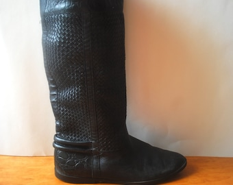 SALE--20% OFF Listing Price--Vintage Sleek Super Mod Black Leather Boots Women size 6.5