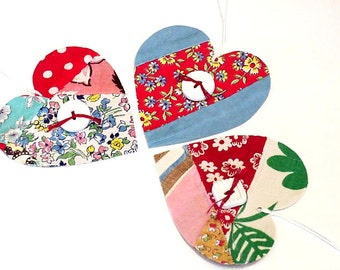 Fabric Heart Tags, Vintage Feedsack Patchwork Gift Tie Ons, Primitive Cutter Quilt Valentine Place Cards, Journal Tags itsyourcountry