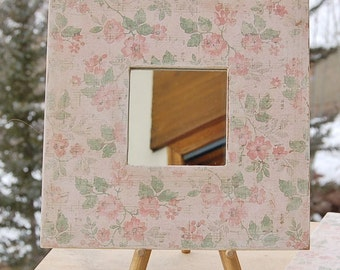 Gallery Wall Mirror Shabby Chic Pink Green Square